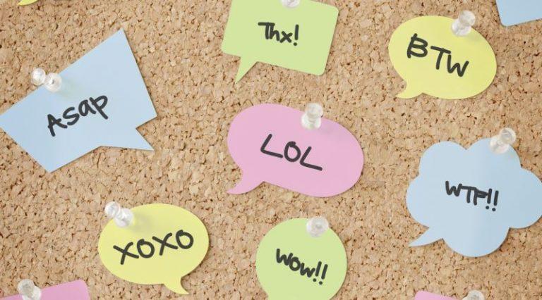 İnternette Karşınıza Çıkabilecek Popüler İngilizce Kısaltmalar ve Anlamları